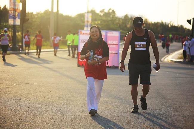 50 sắc thái độc lạ của các runners trên đường chạy marathon - Ảnh 11.