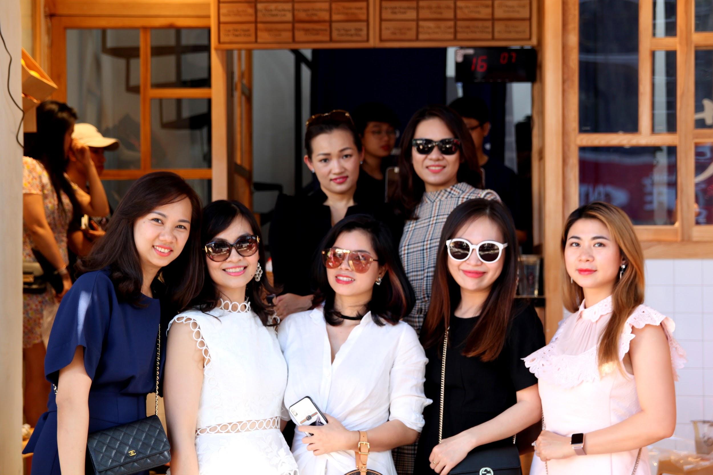 ''Xông đất'' Yifang ngay cạnh phố đi bộ Nguyễn Huệ - Ảnh 9.