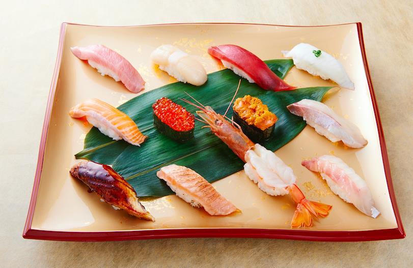 Thưởng thức sushi chuẩn Nhật ở Sài Gòn - Ảnh 2.