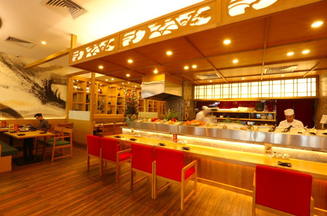 Thưởng thức sushi chuẩn Nhật ở Sài Gòn - Ảnh 4.