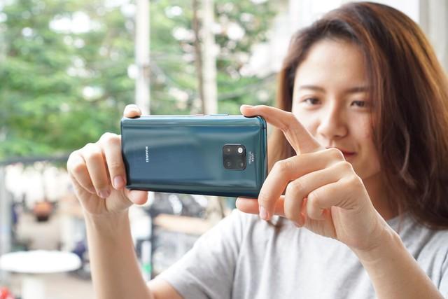Chiêm ngưỡng tân binh Huawei Mate 20 Pro không chỉ đẹp mà còn mạnh mẽ - Ảnh 5.