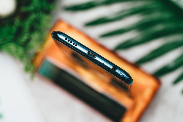 Trên tay và trải nghiệm nhanh Huawei Y9 2019 - Một sát thủ giải trí ở tầm giá dưới triệu đồng - Ảnh 6.