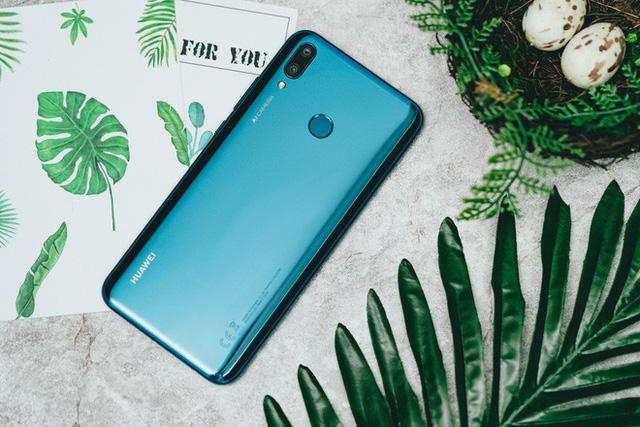 Trên tay và trải nghiệm nhanh Huawei Y9 2019 - Một sát thủ giải trí ở tầm giá dưới triệu đồng - Ảnh 7.
