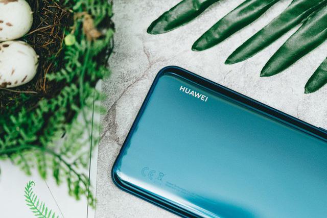 Trên tay và trải nghiệm nhanh Huawei Y9 2019 - Một sát thủ giải trí ở tầm giá dưới triệu đồng - Ảnh 10.