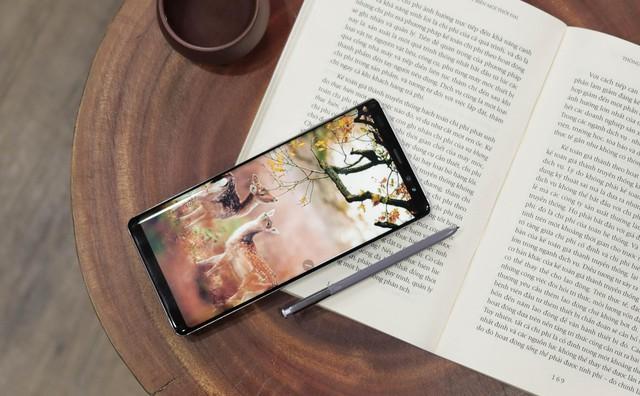 iPhone 7 Plus, X, Xs Max và Galaxy Note 8 đang được ưa chuộng nhất tại Di Động Việt - Ảnh 2.