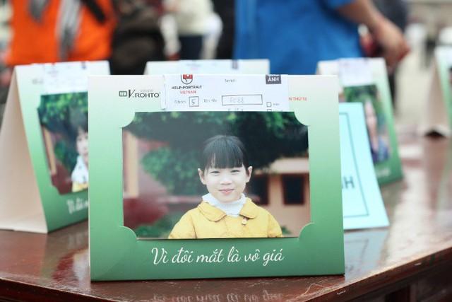 Vì đôi mắt là vô giá - Thông điệp đầy ý nghĩa từ chương trình Chăm sóc mắt cộng đồng 2018 - Ảnh 3.