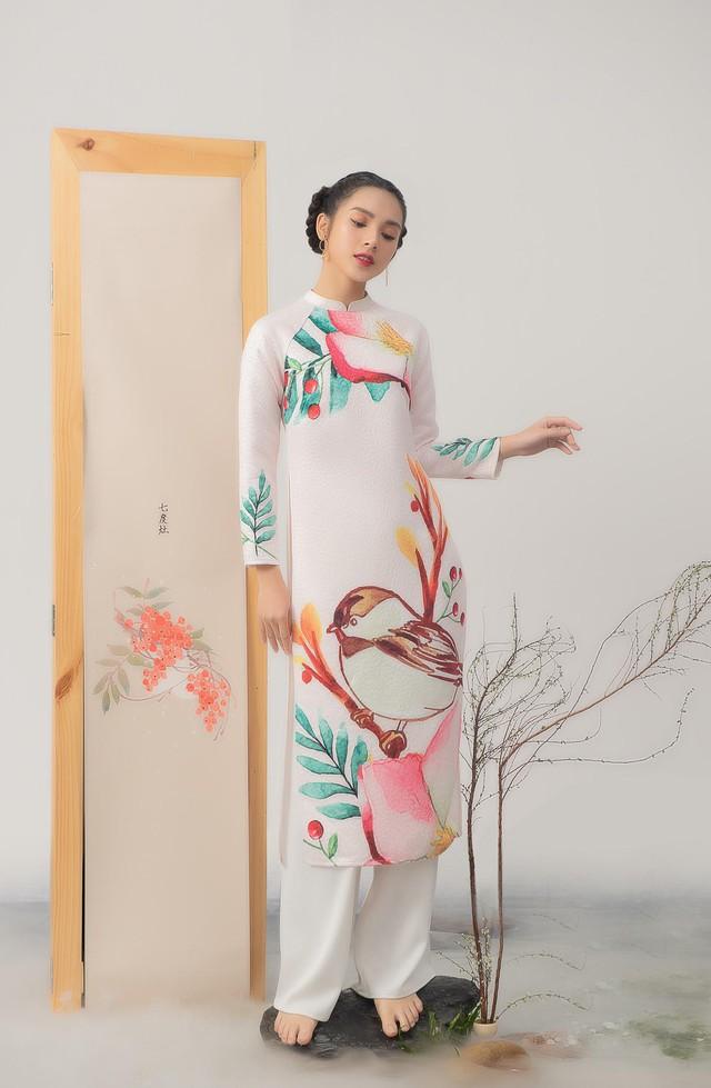 Uyển Đình - Khắc họa cánh én trên tà áo dài Xuân 2019 - Ảnh 11.