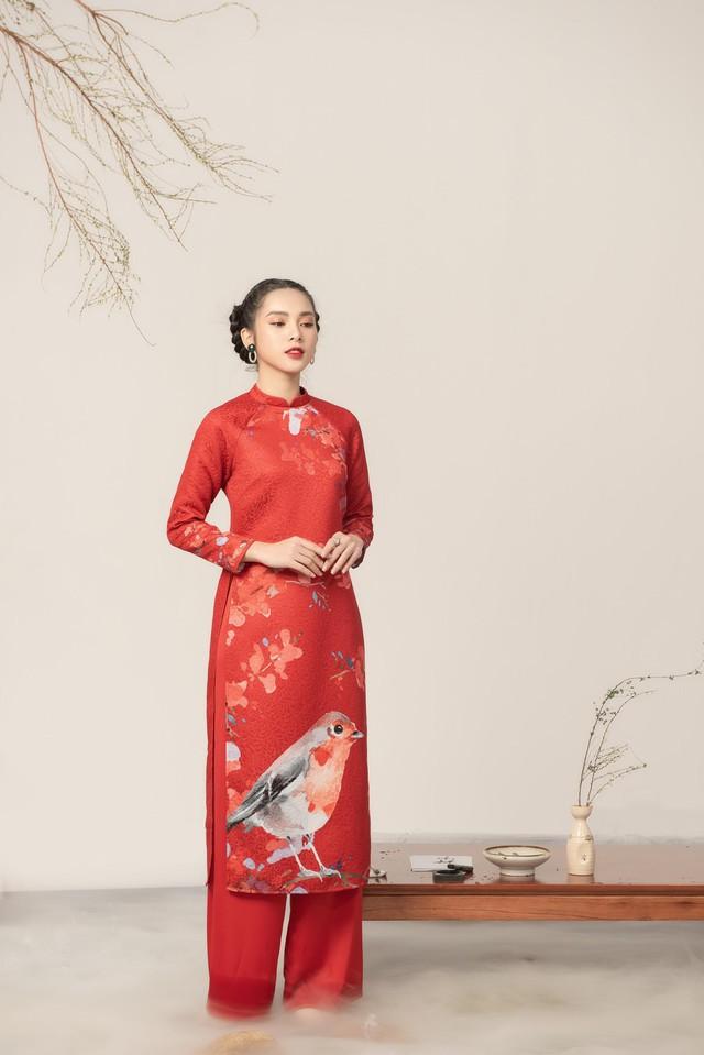 Uyển Đình - Khắc họa cánh én trên tà áo dài Xuân 2019 - Ảnh 7.