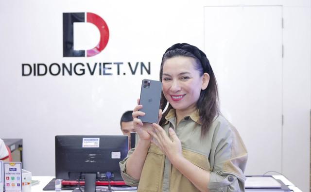Ca sĩ Phi Nhung, Cẩm Ly gợi ý mua iPhone 11 Pro Max 2 sim nano - Ảnh 3.