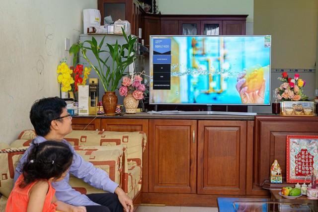 Tin dùng chỉ 1 nhãn hiệu TV trong hơn 10 năm, các gia đình bất ngờ nhận được món quà đặc biệt - Ảnh 3.