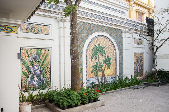 Nhà gốm Quang Minh - công trình nhà ghép gốm Mosaic đạt kỷ lục lớn nhất Việt Nam - Ảnh 9.