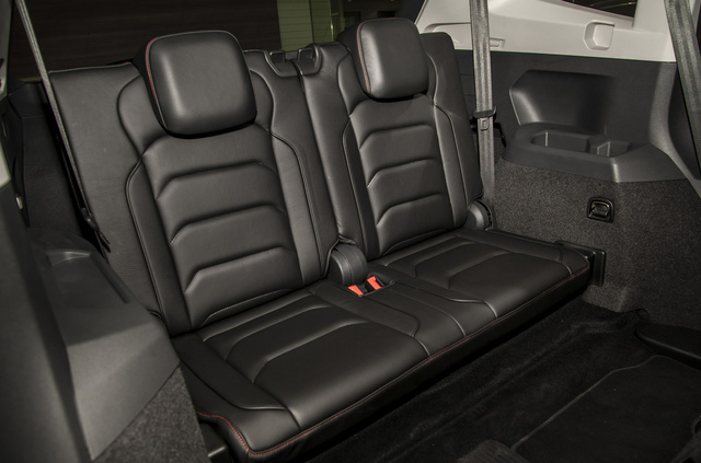 Volkswagen Tiguan Allspace Highline: SUV 7 chỗ đậm chất Đức - Ảnh 2.