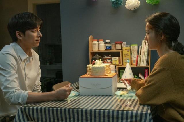 """""""Kim Ji-Young 1982"""": bom tấn tình cảm đáng mong chờ của cặp đôi Gong Yoo - Jung Yoo Mi - ảnh 4"""