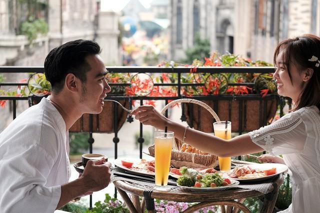 """Ngỡ lạc trôi tới trời Âu tại """"Khách sạn sang trọng hàng đầu châu Á cho kỳ nghỉ trăng mật"""" - Ảnh 4."""