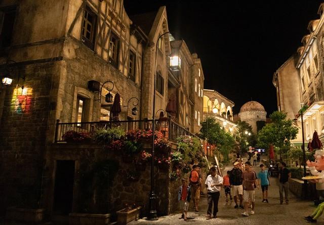 """Ngỡ lạc trôi tới trời Âu tại """"Khách sạn sang trọng hàng đầu châu Á cho kỳ nghỉ trăng mật"""" - Ảnh 7."""
