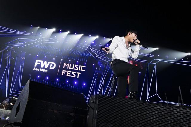 Siêu Bão FWD Music Fest đã càn quét thủ đô Hà Nội như thế nào? - Ảnh 3.