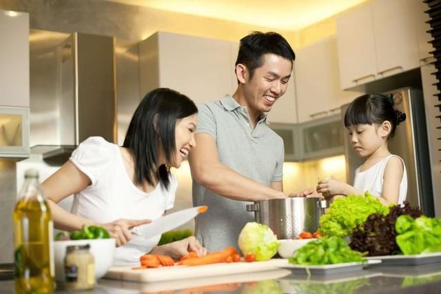 Có gì trong căn bếp sang trọng và tiện nghi giúp phụ nữ thời hiện đại nắm trọn trái tim cánh mày râu? - Ảnh 1.