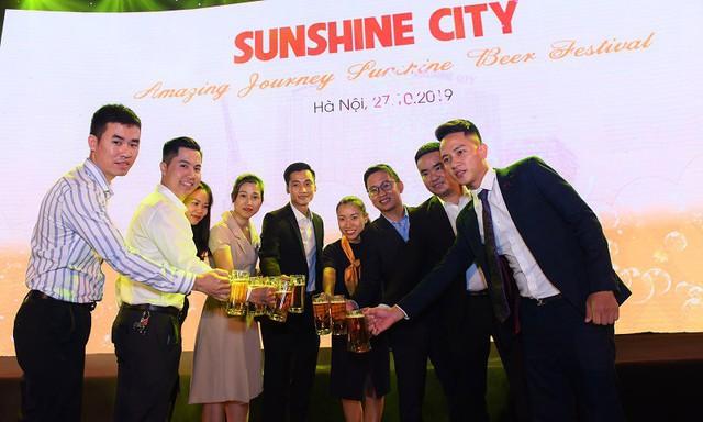 Tưng bừng lễ hội bia tại khu vườn Sunshine City - Ảnh 6.