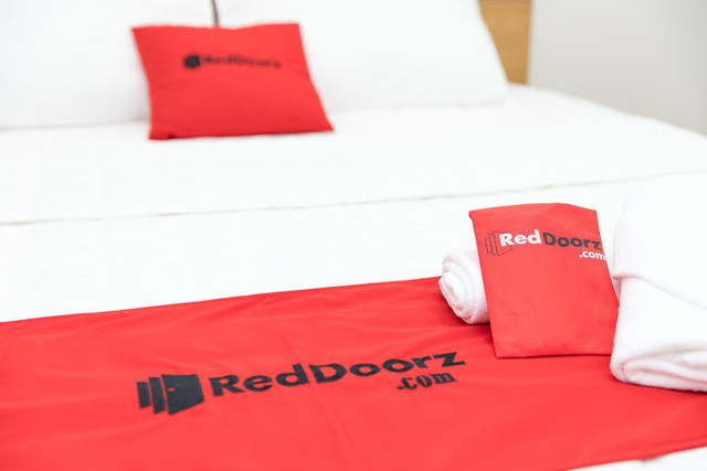 RedDoorz chủ trương hợp tác phát triển với khách sạn địa phương - Ảnh 1.