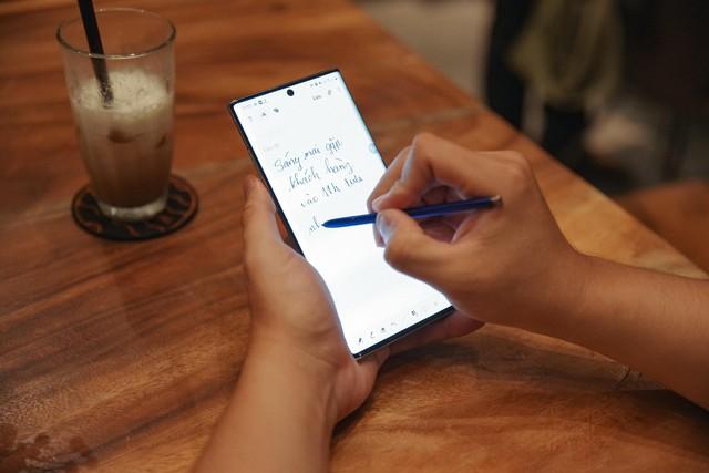 Gần 10 năm gắn bó với Galaxy, đây là lý do người ta không muốn đổi sang điện thoại khác - Ảnh 3.