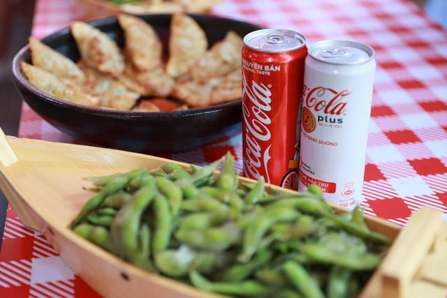 Mở rộng hoạt động tới tận thành phố Vinh, Coca-Cola biến Lễ hội Ẩm thực thành một xu hướng của giới trẻ cả nước - Ảnh 5.