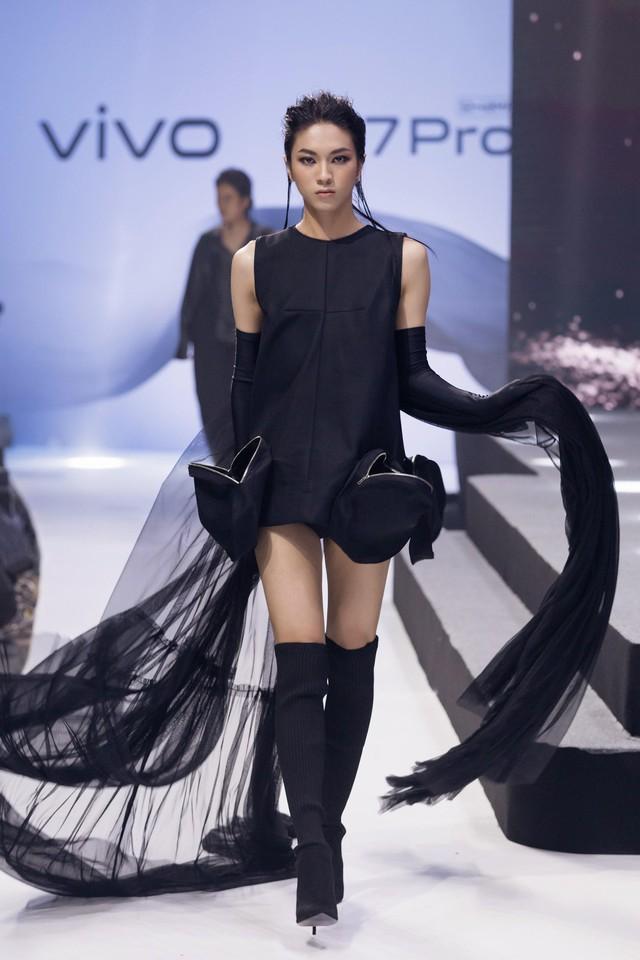 Vivo V17 Pro chinh phục Noo Phước Thịnh và dàn fashionista Việt ngay khi ra mắt với thông điệp mới lạ - ảnh 5