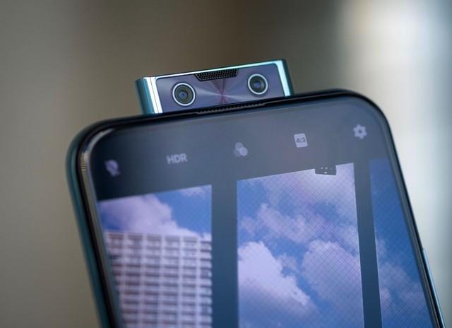"""Tín đồ công nghệ và thời trang không thể bỏ qua cơ hội sắm Vivo V17 Pro 6 camera, nhận đồng hồ """"hiệu"""" trị giá 3,69 triệu đồng tại TGDĐ - ảnh 2"""