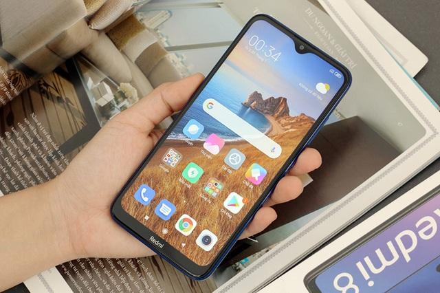 Độc quyền tại Thế Giới Di Động: Smartphone pin khoẻ, sạc nhanh dành riêng cho giới trẻ bận rộn - Ảnh 2.