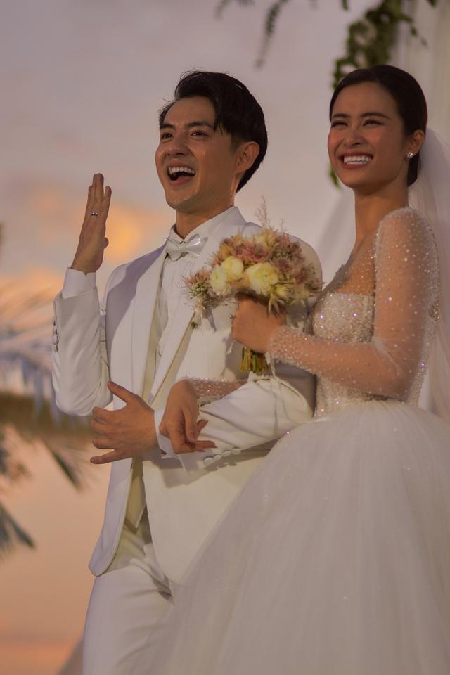Xem cặp nhẫn cưới có 1-0-2 của Đông Nhi - Ông Cao Thắng - ảnh 6