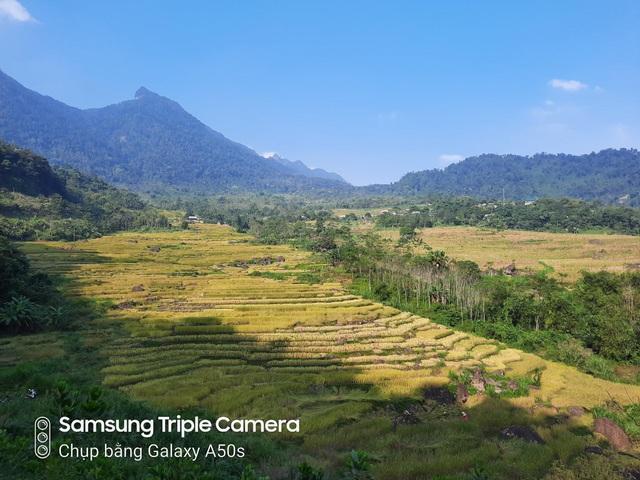 Tự tin chụp hết Việt Nam mình chỉ với một chiếc điện thoại giá 7 triệu - Ảnh 2.