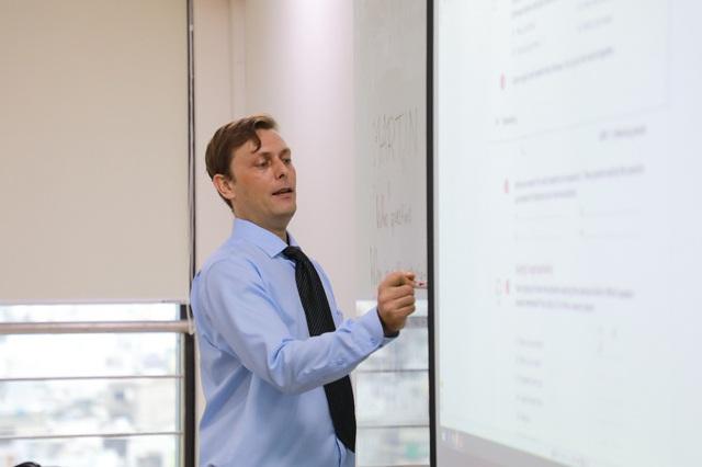 Ngành Quản trị kinh doanh và góc nhìn hẹp: Học ra chỉ để làm kinh doanh! - Ảnh 2.