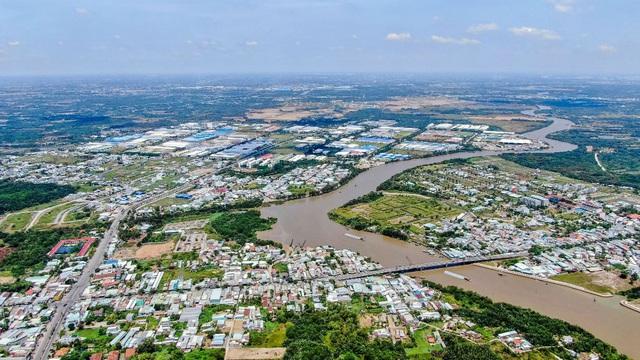 Nhà phố ven sông Cần Giuộc phát triển sôi động cùng hạ tầng khu Nam - Ảnh 1.