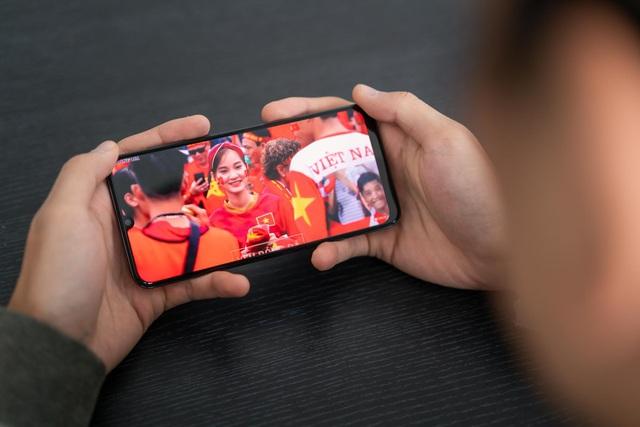 Chuẩn bị cho mùa SEA Games đứng lên và ra đường với một chiếc smartphone - Ảnh 1.