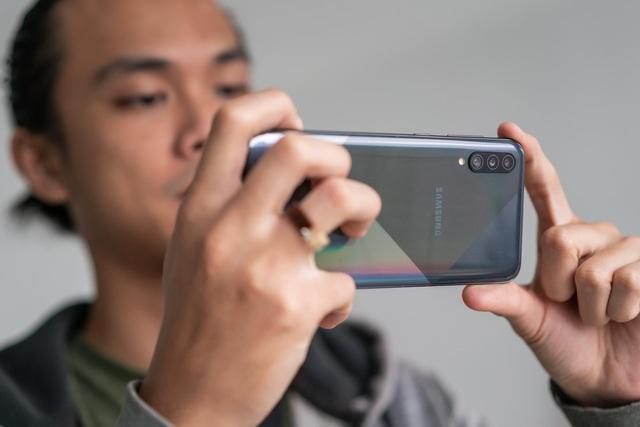 Chuẩn bị cho mùa SEA Games đứng lên và ra đường với một chiếc smartphone - Ảnh 3.