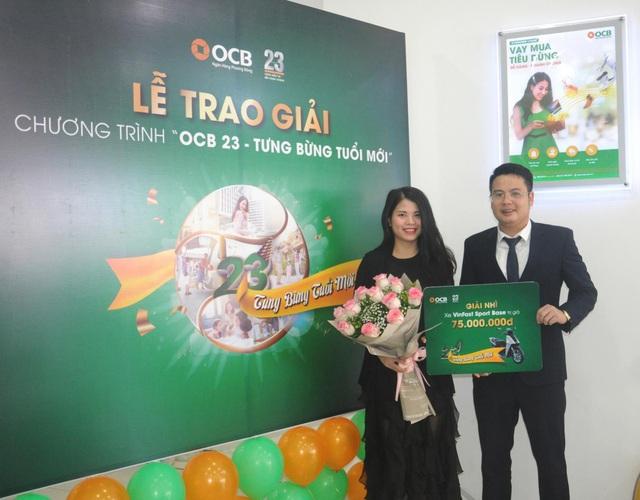 OCB tặng thưởng trị giá 7 tỷ đồng - Ảnh 2.