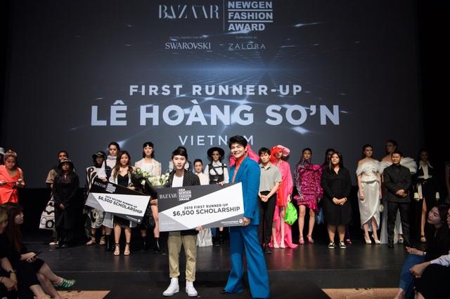 Nhà thiết kế Việt Nam đoạt giải cao trong cuộc thi Thiết kế thời trang châu Á tại Singapore - ảnh 1