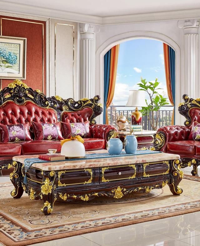 Ra mắt bộ sofa dát vàng kích thước khủng chưa từng có - Ảnh 1.