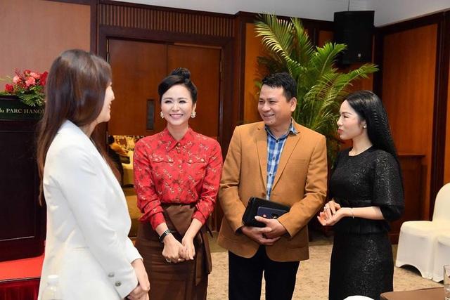 """Doanh nhân Bùi Thanh Hương: """"Người Việt Nam cần phải ưu tiên dùng hàng Việt Nam"""" - Ảnh 4."""