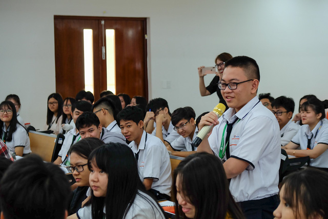 Học sinh Fschool Cần Thơ thỏa sức sáng tạo trong giờ học văn - ảnh 6