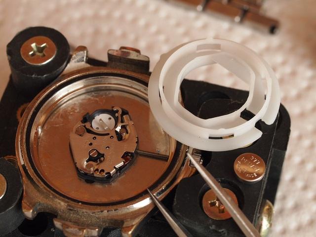 Đồng hồ chống nước 3ATM, 5ATM và 10ATM là gì? - Ảnh 4.