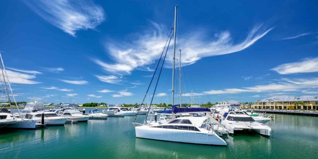 Không cần đến Hawaii, khu vực Phan Thiết sắp ra mắt bãi biển Lagoona 10ha - Ảnh 1.