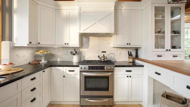 Thổi hồn vào không gian nhà bếp với phụ kiện tủ bếp hiện đại, sang trọng - Ảnh 1.