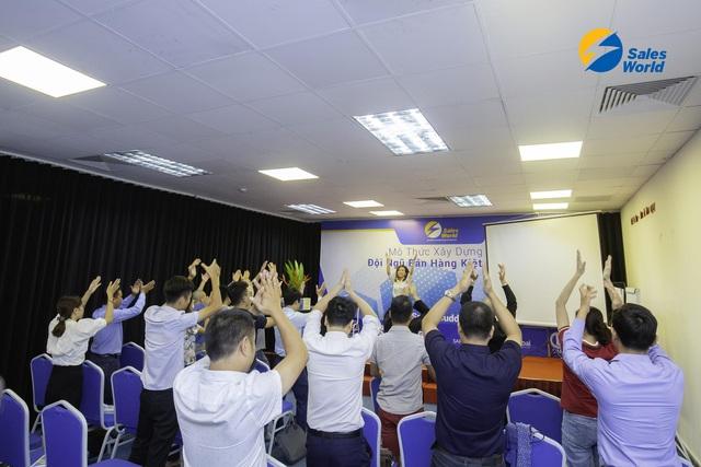 Nâng cao năng lực và tư duy trong bán hàng - Thực trạng của doanh nghiệp  Việt  thời 4.0 - Ảnh 2.