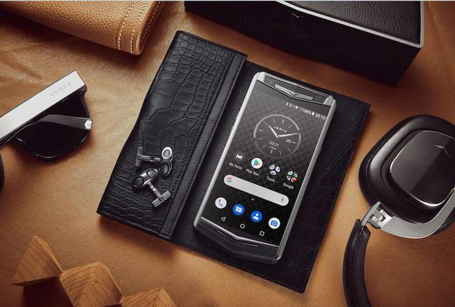 Điện thoại thông minh Aster P – Sự trở lại của thương hiệu Vertu - Ảnh 2.