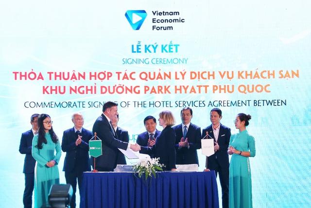 BIM Land và tập đoàn Hyatt ký kết thỏa thuận hợp tác tại diễn đàn cấp cao du lịch Việt Nam 2019 - Ảnh 2.
