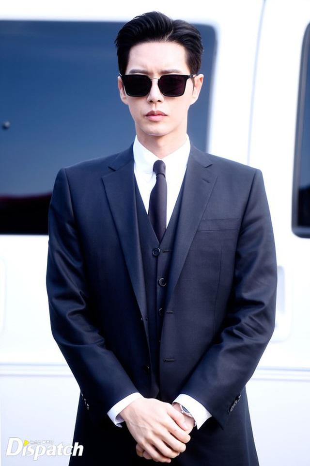 Hội mê trai đẹp sắp thỏa sức ngắm nam tài tử Park Hae Jin hóa thân điệp viên siêu ngầu - Ảnh 3.