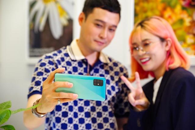 Galaxy A51 ra mắt chính thức tại Việt Nam, đến Quang Vinh, MisThy cũng phải mê mẩn - Ảnh 1.