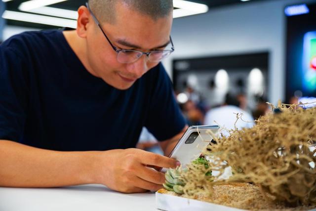 Galaxy A51 ra mắt chính thức tại Việt Nam, đến Quang Vinh, MisThy cũng phải mê mẩn - Ảnh 7.