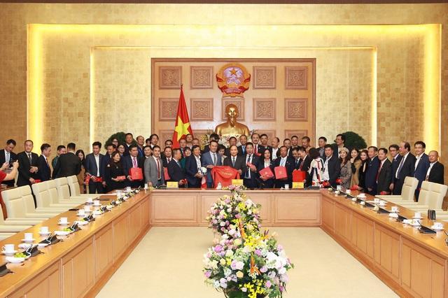 Doanh nhân Sao Đỏ tiên phong vì khát vọng Việt Nam vươn lên hùng cường - Ảnh 2.