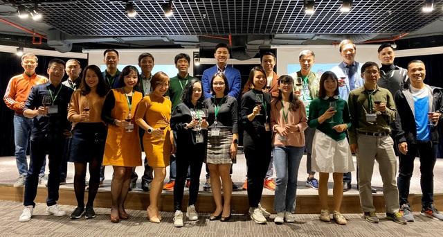 Trao giải cuộc thi ảnh VPBank Hanoi Marathon Run & Share 2019 - Ảnh 2.